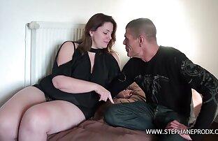 Hydie Waters muestra a Rico Strong que tiene un botín videosamateurlatino monstruoso