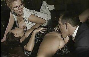 Enfermeras rubias en lencería de látex y guantes amateur porn latino follando