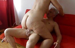 Kitty Fox porno amatrur latino Varias posiciones en el sofá